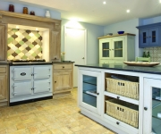 aga-in-white-in-kitchen-setting