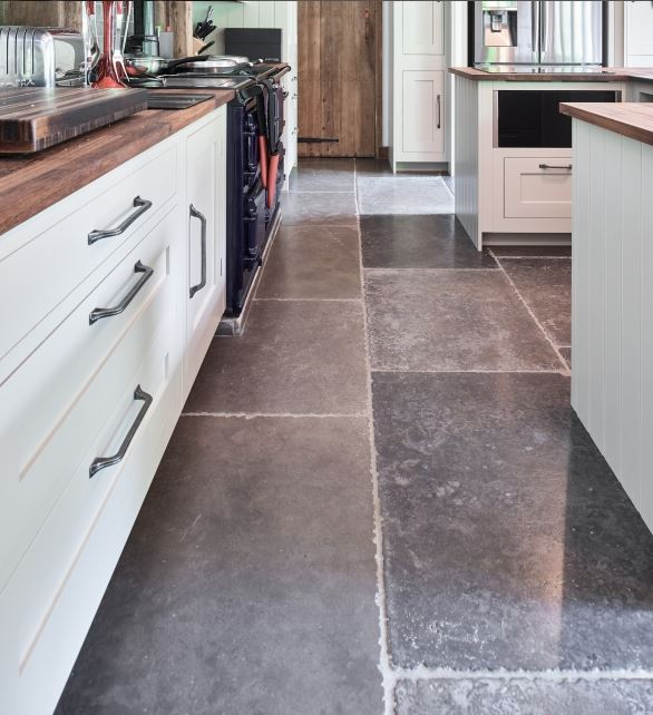 hazlebury seasoned limestone tiles