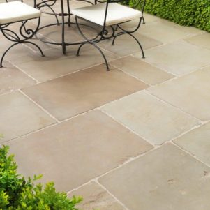 Old-Westminster-Sandstone-Paving-Slabs