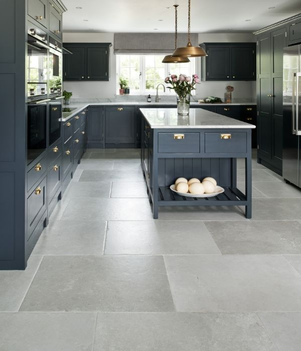 pebble-porcelain-grigio-capietra-tiles